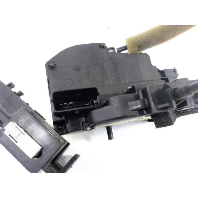 Türverriegelungsmechanismus elektrische Zentralverriegelung hinten rechts Renault Koleos I (2008 - 2011) Koleos SUV 2.0 dCi 16V (M9R-832)
